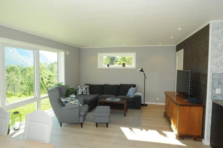 Stue Romsdalseggen Lodge TV